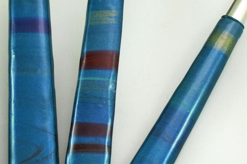detalle de los cubiertos artesanos